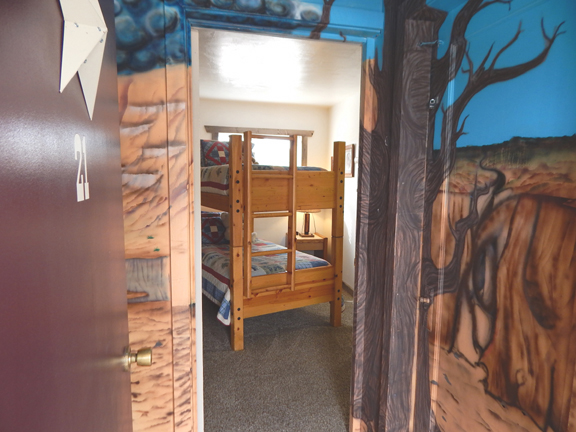 bunkhouse room